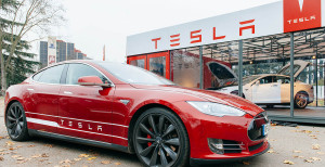 Tesla-Model-S-recall-for-seat-belt-issues